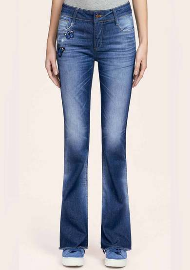 Calça Bootcut Jeans Feminina Hering Com Patches | Hering