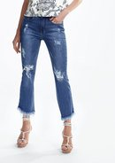 Calça Jeans Cropped Flare Com Destroyed